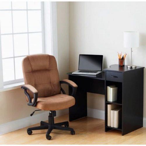 6. Mainstays Student Desk, Black