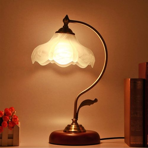 7. Asoko Vintage Desk Lamp