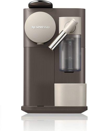 1. Nespresso by De'Longhi EN500BW Lattissima